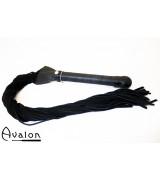 Avalon - Sverdformet flogger - Sort